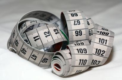 Pourquoi parle-t-on de tolérances en matière de dimensions de literie ?