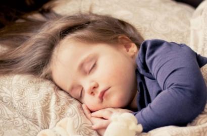 Junior vs senior : Des habitudes de sommeil très différentes